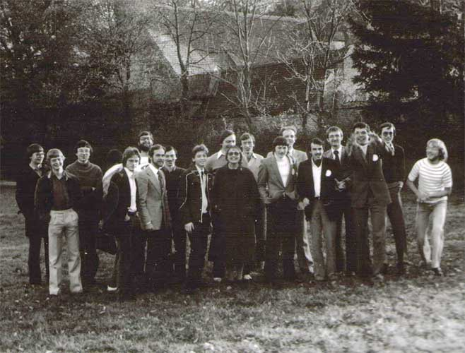The group photo of 1980, from l.to r. ??, Andreas Rohr, Paul Roggemans, ??, Hans Georg Schmidt, Gerhard Grau, Chris Steyaert, ??,??, Irmgard Schmidt, Hans Joachim Becker, ??,??,??,??,??,?? and Bernd Hagen (credit unknown photographer).