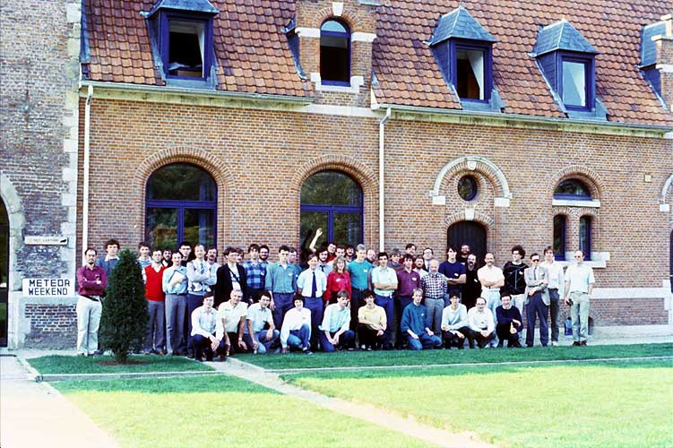 Group photo in front of the IMC host 't Laathof (credit Paul Roggemans).