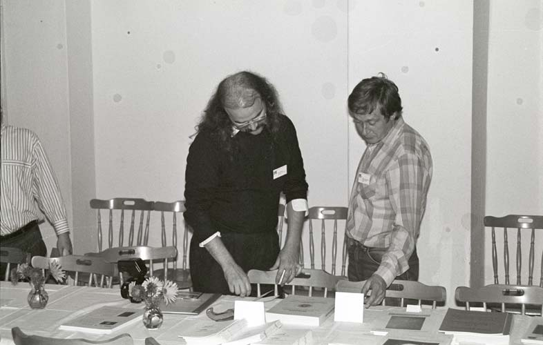 Axel Haas and Peter Zimnikoval at the IMO bookshop (credit Marc de Lignie).