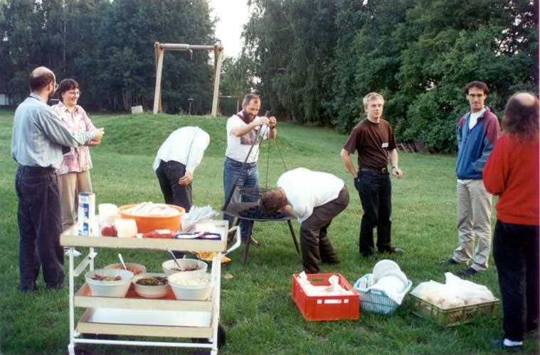 Preparing the BB, from l.to r. Carl Johannink, Ina Rendtel, Tom Roelandts (looking away), Jürgen Rendtel, Miroslav Znasik (looking away), Mirko Nitschke, Marc de Lignie and Axel Haas (back) (credit Casper ter Kuile).