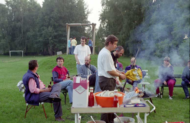 Preparing the BB, from l.to r. Marc Neijts, Paul Roggemans, Tom Roelandts, Carl Johannink, Miroslav Znasik, Jürgen Rendtel, Casper ter Kuile and Angelika Heiden (credit Gisela De Smedt).