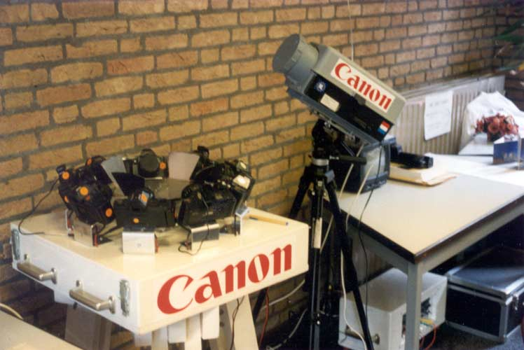 The Dutch Meteor Society showed lots of photographic equipment (credit Casper ter Kuile).