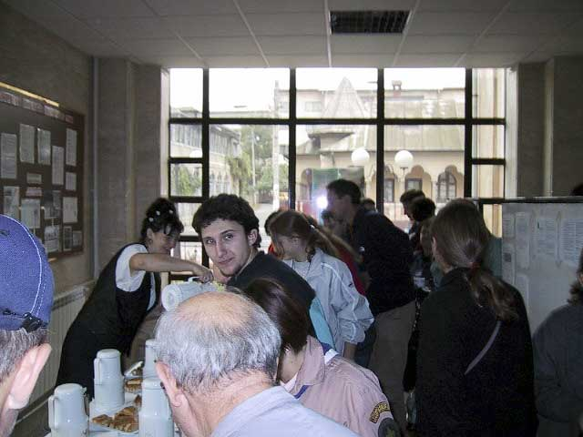 During the coffee break, looking to the photographer: Ionut Ilesoi (credit Casper ter Kuile).