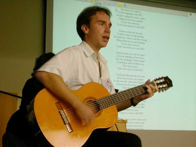 Jérémie Vaubaillon: Ending the IMC with the IMC song (credit Jean-Marc Wislez).