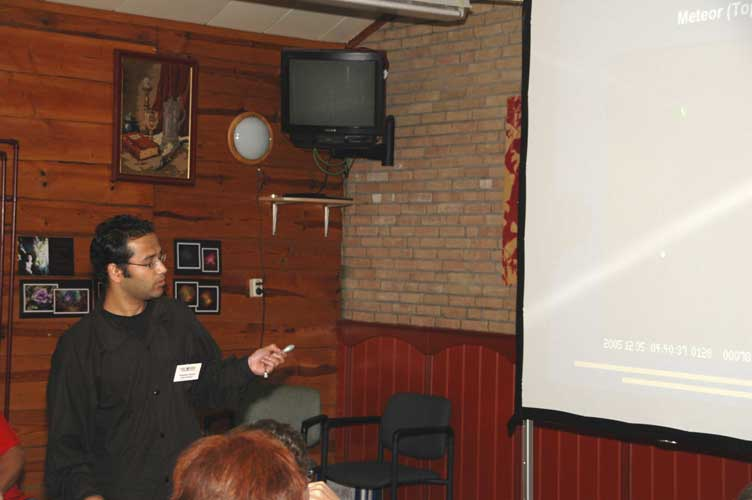 Prakash Atreya presenting 'Software for single/double meteors' (credit Urijan Poerink).