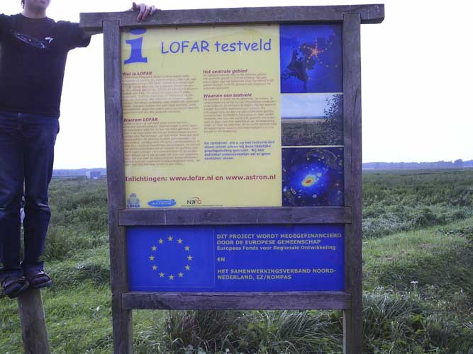 LOFAR, the field with the experimental setup (credit Adriana Nicolae).