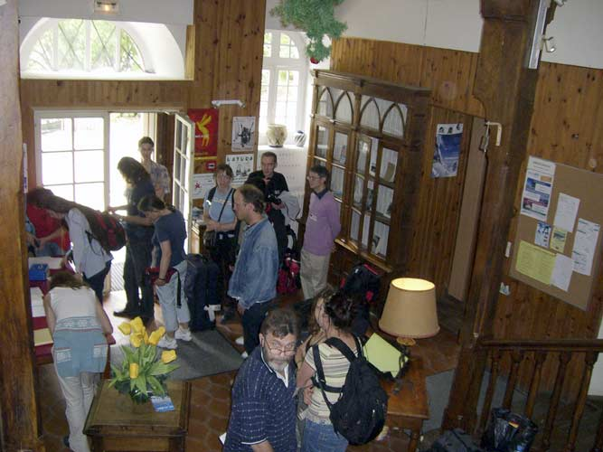 Hectic moments at each IMC, arriving participants who check in (credit Jean-Louis Rault).