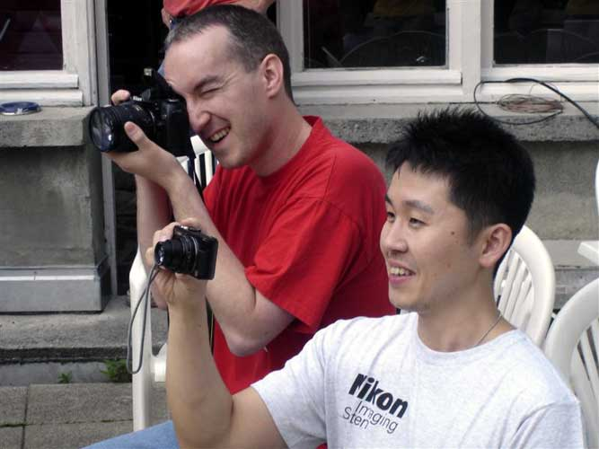During the aperitif, Tom Roelandts and Shinsuke Abe making photographs (credit Jos Nijland).