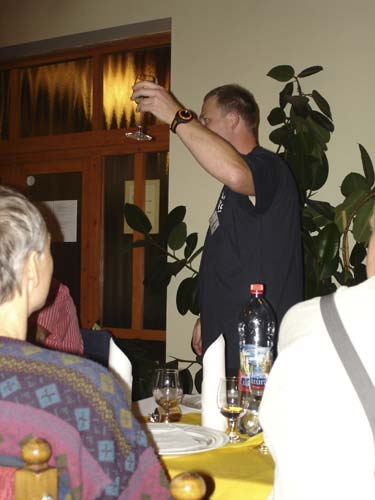Stanislav Kaniansky as 2008 IMC organizer invites to toast on the IMC in Šachtička (credit Jos Nijland).