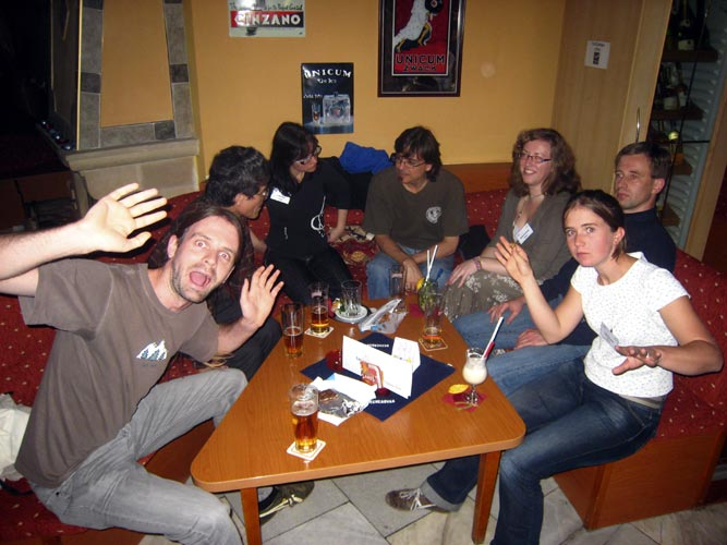 Friday evening free time in the bar: Luc Bastiaens, Nagatoshi Nogami, Urška Pajer, Antonio Martínez, Nastassia Smeets, Roland Winkler and Lucie Maquet (credit Casper ter Kuile).
