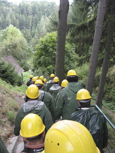 The walk down into the valley to the entrance of the mine (credit Valentin Grigore).