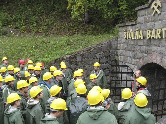 All together listening to the guide before the entrance; a gate to hell or just a mine? (credit Valentin Grigore).