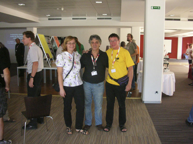 The first coffee break: Mihaela Triglav Čekada, Enrico Stomeo and Paul Roggemans (credit Enrico Stomeo).