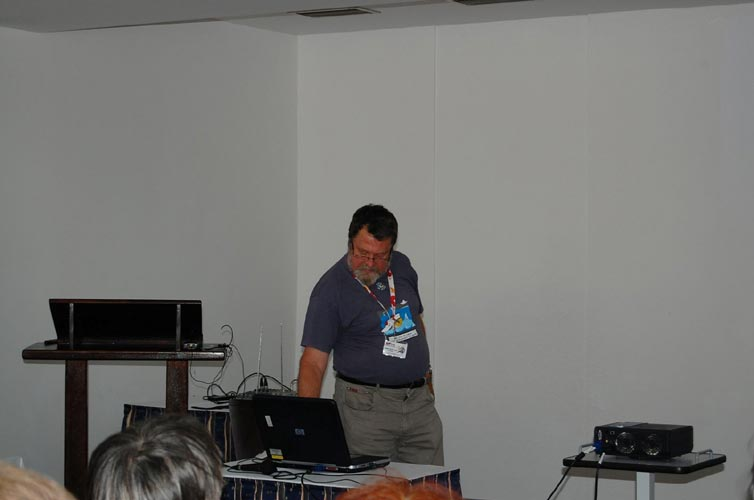 Jean-Louis Rault presenting 'Searching for ELF/VLF meteor signature' (credit Gabriela Sasu).
