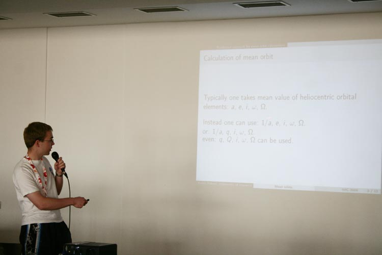 Radoslaw Poleski presenting 'Integration of mean orbits of meteoroid streams' (credit Valentin Grigore).