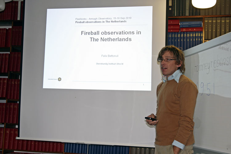 The fireball workshop prior to the IMC; Felic Bettonvil with his presentation 'Fireball observations in the Netherlands' (credit Thomas Grau).