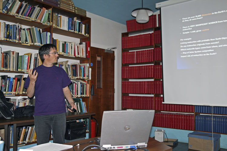 The fireball workshop prior to the IMC: Martin Towner with his presentation (credit Thomas Grau).