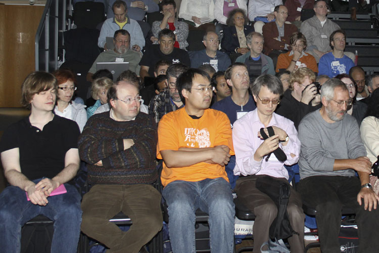 The opening minutes on the first row from l.to r. Geert Barentsen, Marc Gyssens, Shenghua YU, David Asher and Jürgen Rendtel (credit Vincent Loughran).