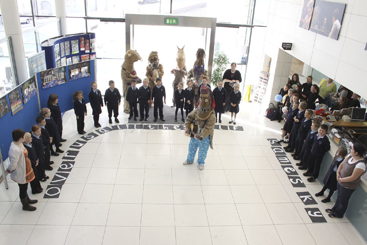 A warm welcome to Armagh with the OASES performance by children from Mount St Cathernie's Primary School Armagh and the Armagh Rhymers, one of most beautiful memories of this IMC (credit Vincent Loughran).