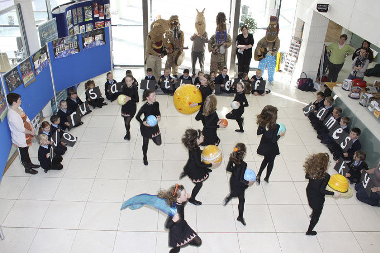 OASES performance by local children and the Armagh Rhymers, Irish dance on solar system scale (credit Vincent Loughran).