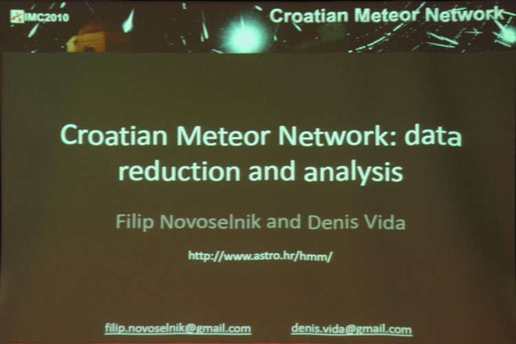 Lecture by Filip Novoselnik & Denis Vida: 'Croatian Meteor Network: data reduction and analysis' (credit EurAstro - Jean-Luc Dighaye).