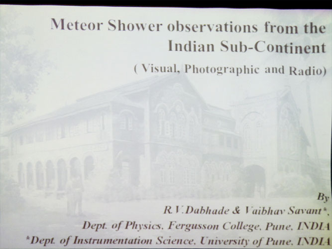 Lecture by Raka Dabhade & Vaibhav Savant: 'Meteor Observations from the Indian Sub-continent' (credit Bernd Brinkmann).
