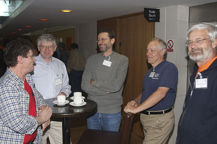 Coffee break Friday afternoon, From l.to r. Detlef Koschny, Gerhard Drolshagen, Chris Peterson, Pete Gural and Hans-Georg Schmidt (credit Bernd Brinkmann).