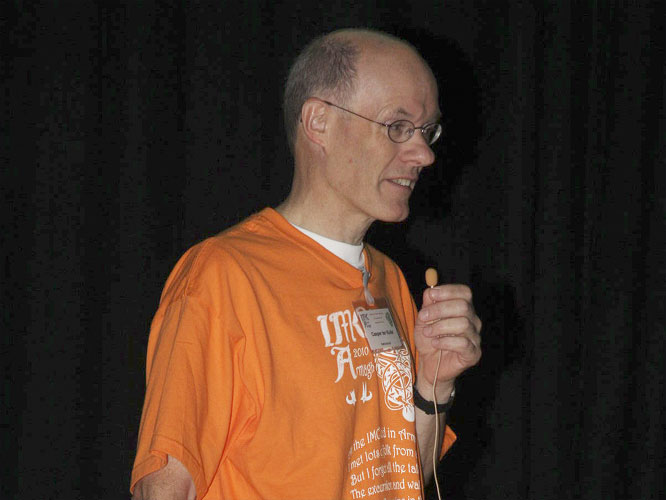 Lecture by Casper ter Kuile:'Asteroid 2008 TC3 expedition to Sudan' (credit Bernd Brinkmann).