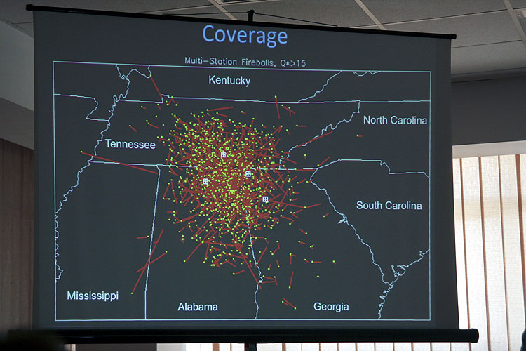 Bill Cooke with the lecture 'The status of the NASA Fireball Network' (credit Bernd Brinkmann).