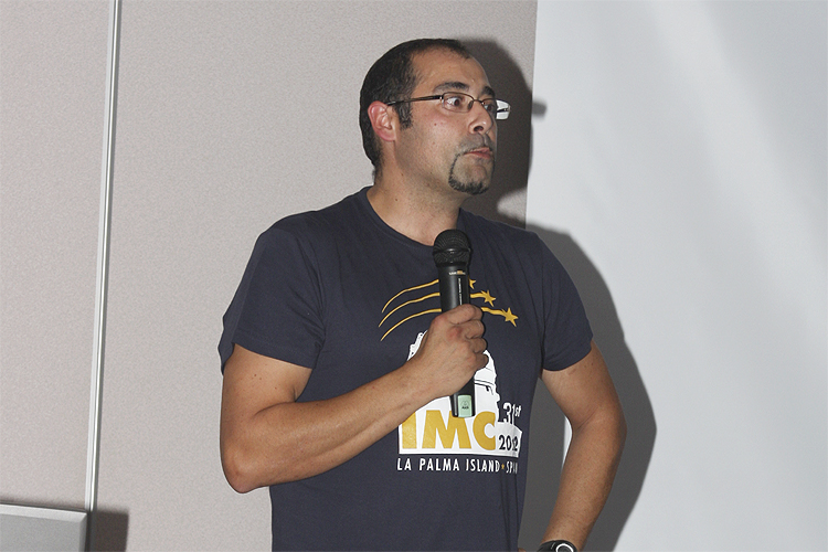 Arnaud Leroy with his lecture '2011 Draconids Meteor Shower Outburst Observing Campaign' (credit Bernd Brinkmann).