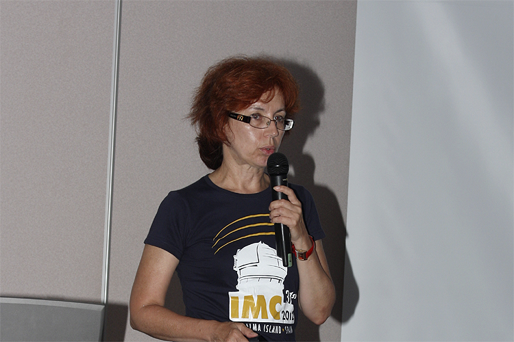 Galina Ryabova with her lecture 'Is it possible to observe meteoroids ejected from asteroid (3200) Phaethon in 2009?' (credit Bernd Brinkmann).