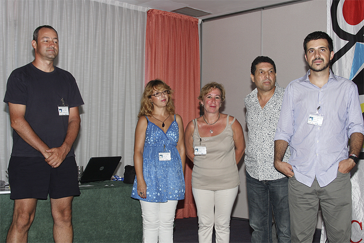 Introduction of the authors of the posters. From left to right Antal Igaz, Julia Toval Requena, Blanca Troughton Luque, Abderrahmane Ibhi and Francisco Ocaña (credit Bernd Brinkmann).