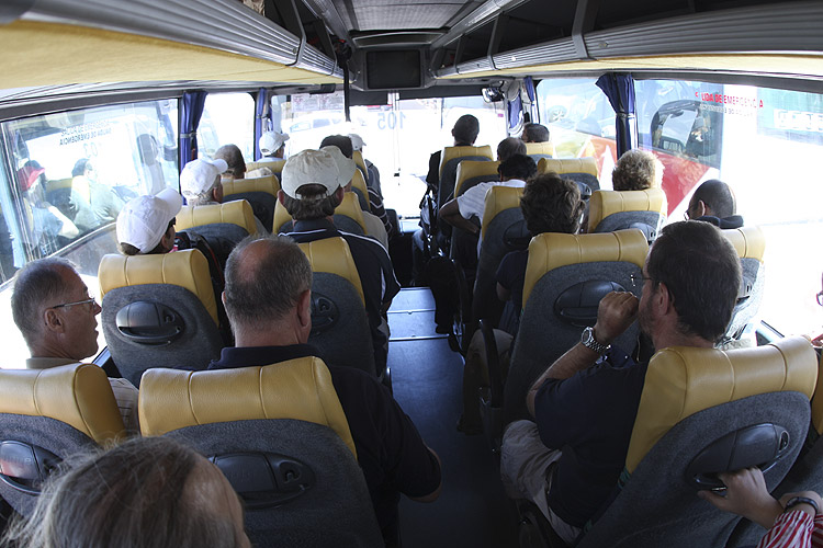 During the excursion: The group was split up into three buses to visit the observatory (credit Bernd Brinkmann).