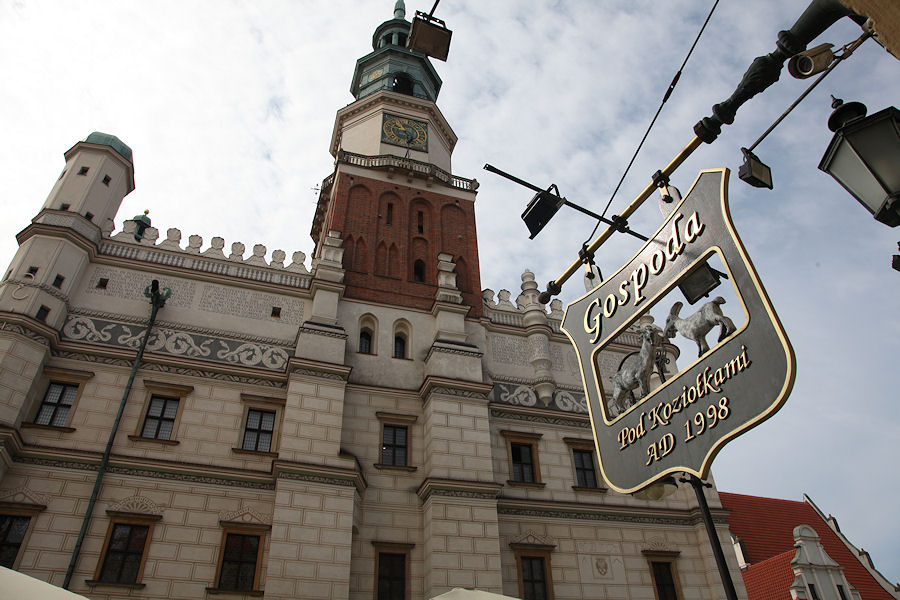 The 32nd IMC was hosted in Poznan, Poland a beautiful city to visit. Here the city hall. (credit Dominique Richard).