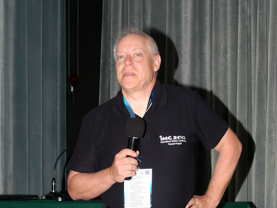 Pete Gural with the keynote lecture 'Development of the Spectral CAMS System'. (credit Bernd Klemt).