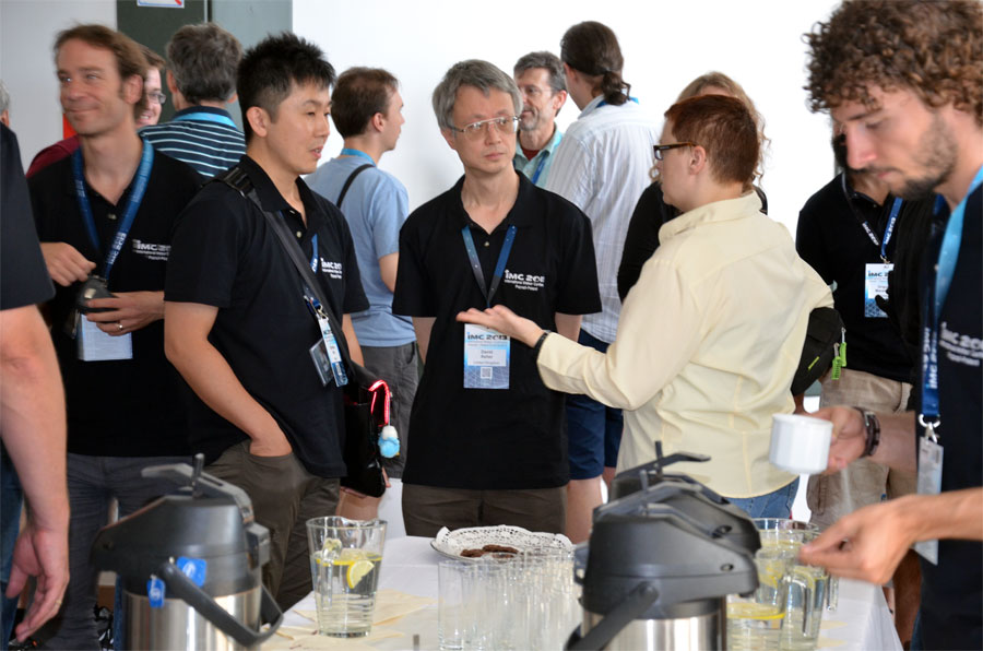 Friday morning coffee break. From left to right: Cis Verbeeck, Shinsuke Abe, David Asher, Elisabeth Silber and Alex Tudorica. (credit Axel Haas).