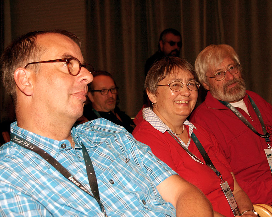 Preparing for the Saturday morning session, Ulrich Sperberg, Marc Neyts (background) Irmgard and Hans-Georg Schmidt, Tudor Georgescu (background) (credit Bernd Klemt).