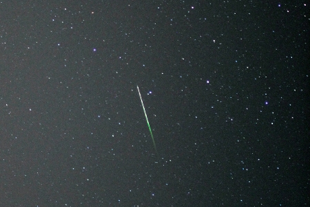 Sporadic meteor in Pisces. uploaded by Orlando Benitez Sanchez