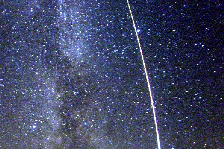 Earth grazing Perseid fireball uploaded by Bill Ward
